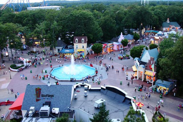 世界最著名的TOP10游乐园与那些童心未泯的我们~