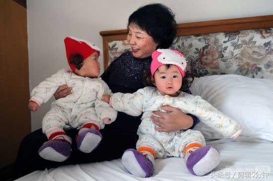 婆媳同月生娃,婆婆没有奶水,将小儿子给媳妇喂引纠纷