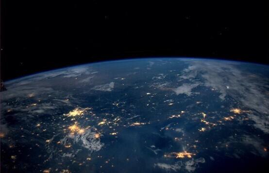 国际宇航员抓拍的照片,地球最壮观的惊人美景