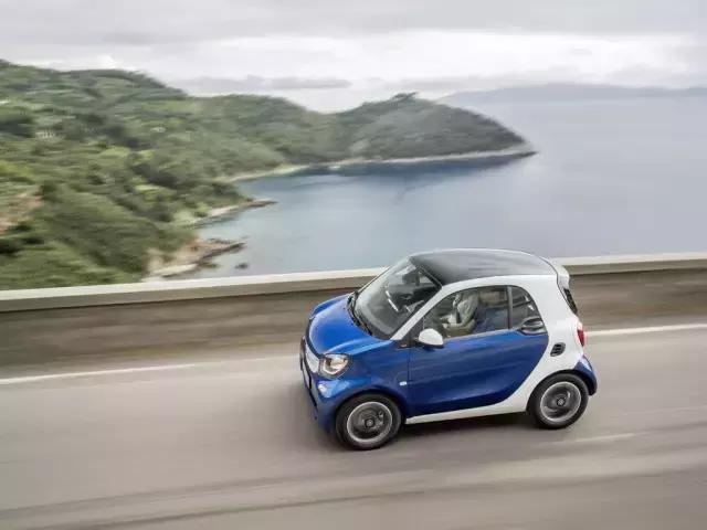 车顶飞了,机油乳化,奔驰Smart让我如何说爱你!