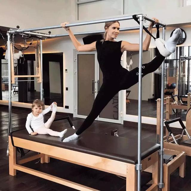 全球时尚界的扛把子 看名媛贵妇变身健身狂魔