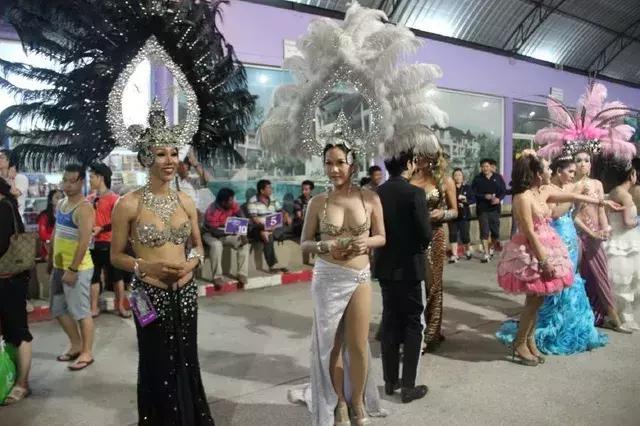 泰国人妖深受各国男人喜欢,她们背后的辛酸又有几人能晓?