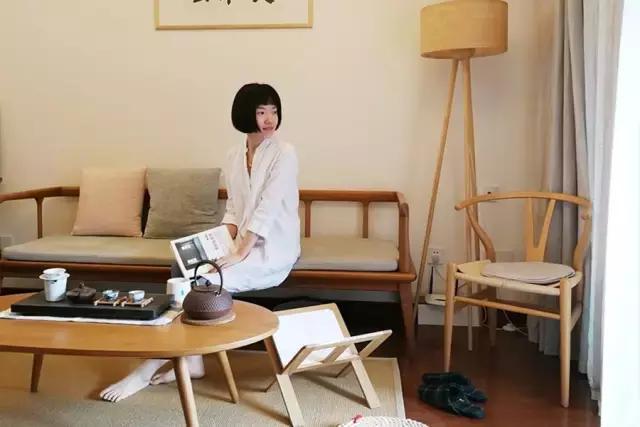 她花8W把房改造成自己喜欢的MUJI风,还把小小咖啡馆搬回家