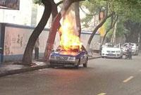 海曙西河街出租车诡异自燃