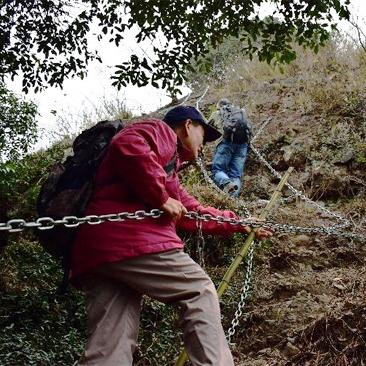 沿着铁链访宁波古村