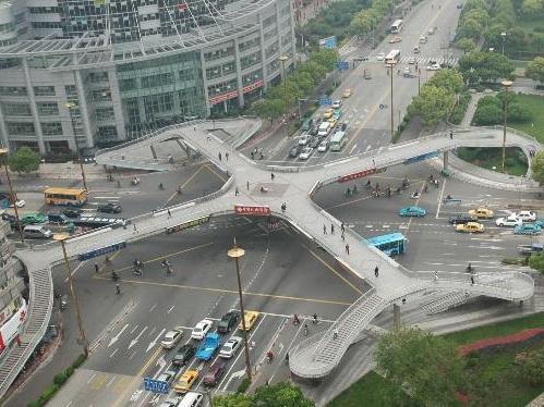 时光飞逝,久久天桥已拆除近10年,你还记得它吗?