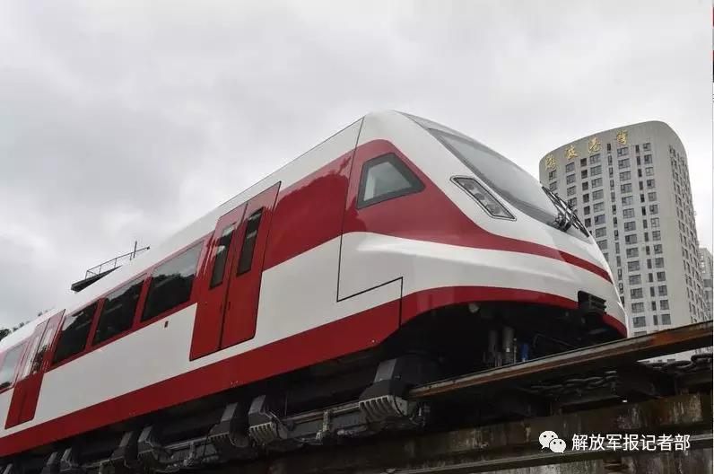 中国新型磁浮列车试验成功 时速可达160公里以上