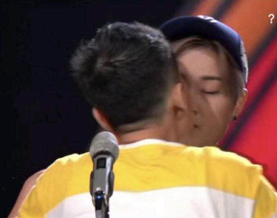 《明日之子》致歉李宇春被强吻事件:将严格调查失控观众