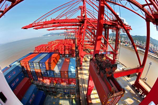 跑赢全省全国 宁波进出口数据年增长1000亿背后的秘密