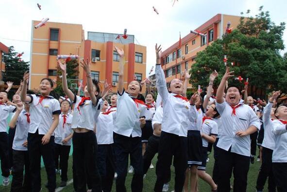 宁波将建小学招生网上报名系统 明年实施公办民办同步招生
