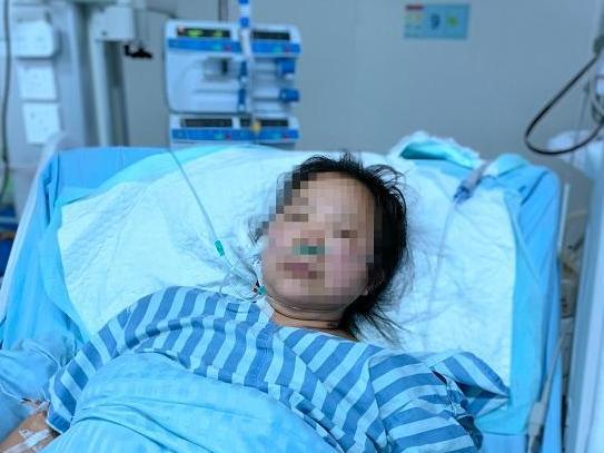 从四川到宁波坐28小时长途汽车 女子突然心跳骤停被送抢救