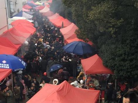奉化萧王庙的庙会,持续好几天,也太挤人了!