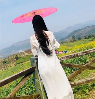 油菜花的季节,美景+美食+美女(?#22995;?#38754;)