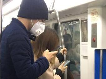 宁波大街上戴口罩的人越来越多了!响应钟南山院士号召