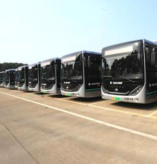 宁波新到的网红公交车,外形很炫酷啊