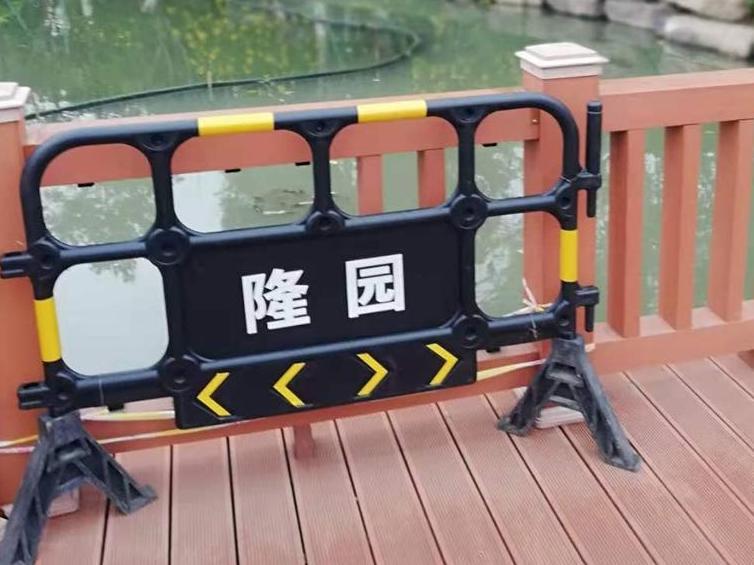 鄞州公园成了新的网红打卡点,我对九曲桥提个建议