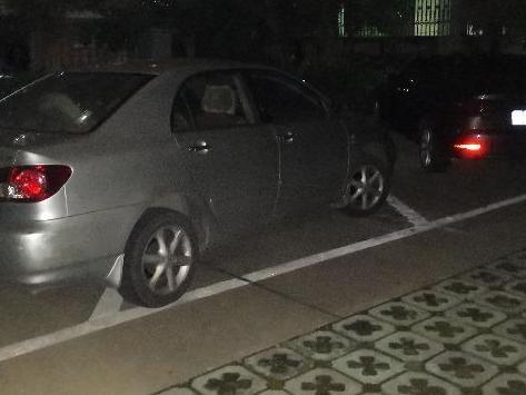 这辆AV的车停的一直如此任性,上东论已经多次!