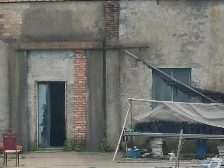 爆料慈溪某餐具公司,工厂的环境相当恶劣。有图呢