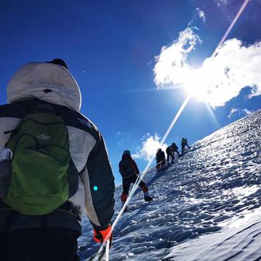 攀登青藏高原雪山!都是自己拍的,魅力无限
