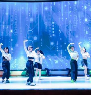 2021届宁波中学高三成人礼暨毕业典礼,正青