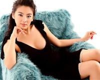 张雨绮向网友推荐买40万的包包,网友:这才是女明星的真实消费!