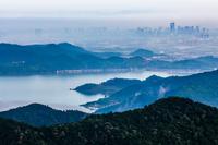 四问东钱湖新城:政策+配套的价值兑现期,是一时繁荣还是远见未来?